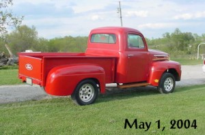 lilredtruck1may04a
